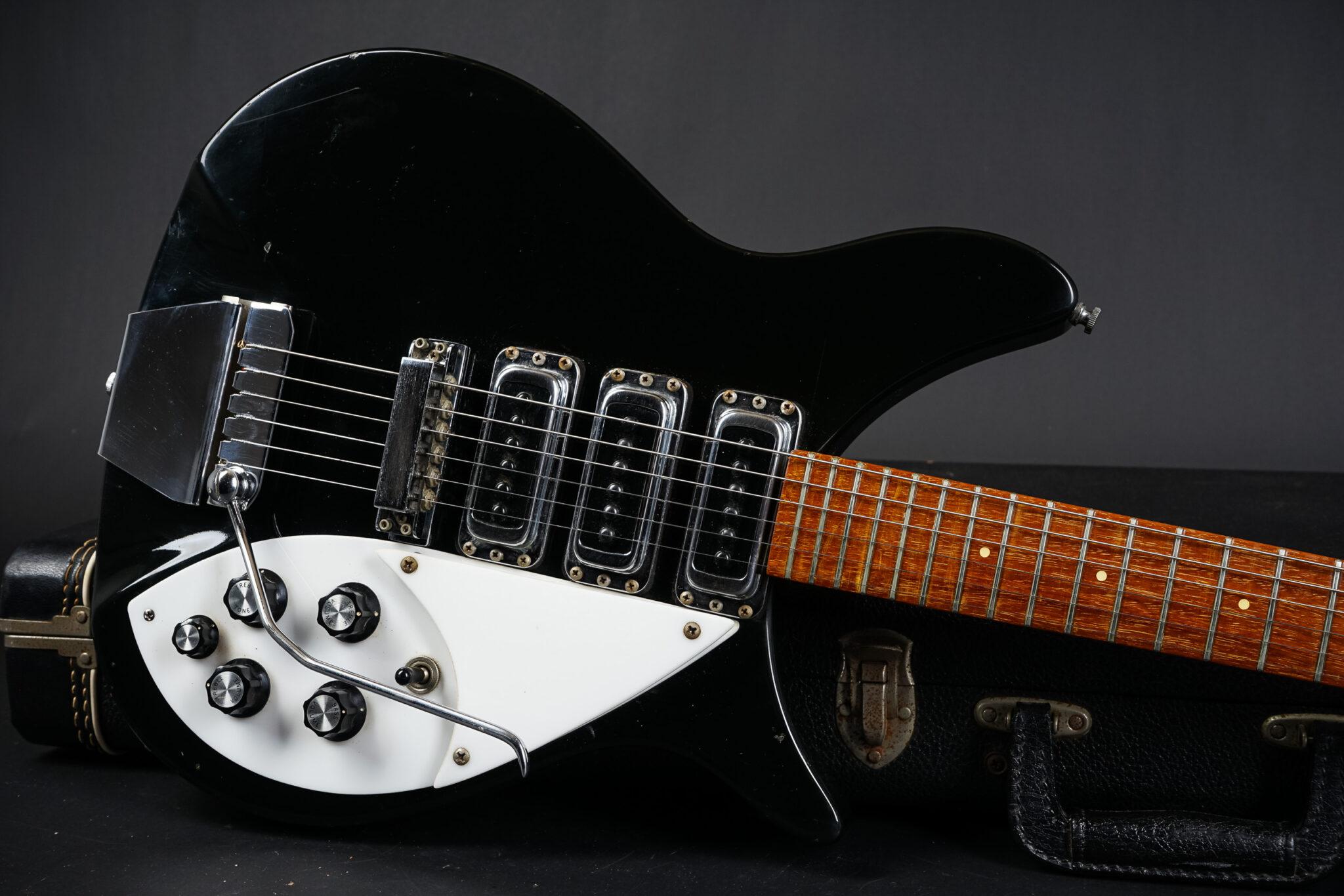 https://guitarpoint.de/app/uploads/products/1982-rickenbacker-325-jetglo/1982-Rickenbacker-320JG-VH2166-8-2048x1366.jpg