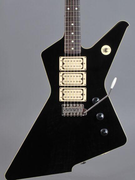 https://guitarpoint.de/app/uploads/products/1983-ibanez-destroyer-dt155-x-series-black/1983-Ibanez-Destroyer-X-Series-Black-L833095-2-432x576.jpg