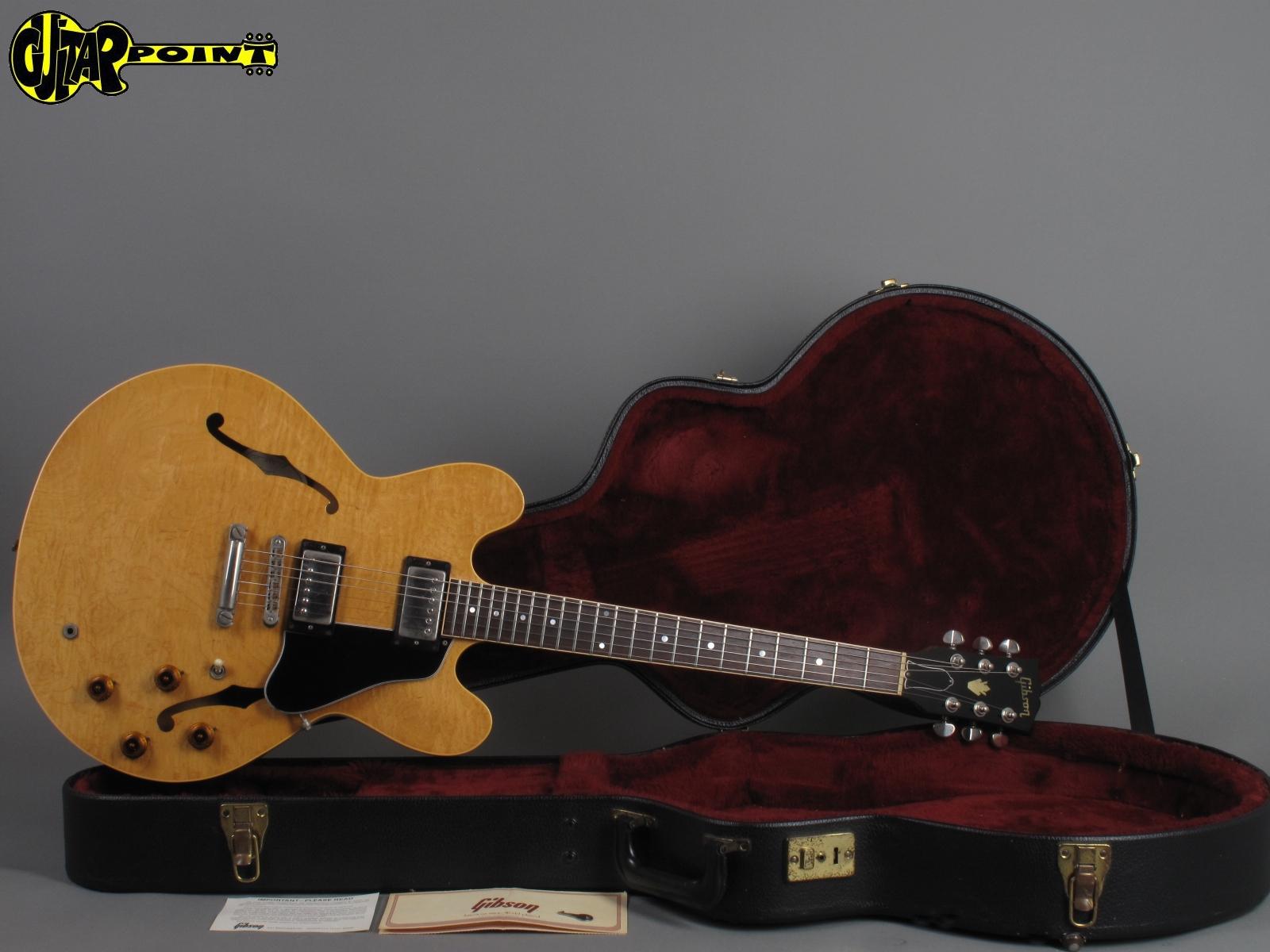 https://guitarpoint.de/app/uploads/products/1984-gibson-es-335-dot-custom-shop-antique-natural-2/Gibson84ES335DotRiNT81584509_41.jpg