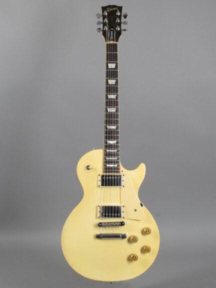 https://guitarpoint.de/app/uploads/products/1985-gibson-les-paul-standard-white/1985-Gibson-Les-Paul-Standard-White-82275532-1-432x576.jpg