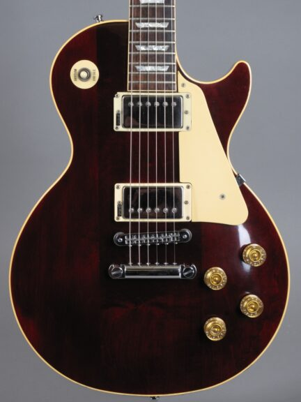 https://guitarpoint.de/app/uploads/products/1985-gibson-les-paul-standard-winered/1985-Gibson-Les-Paul-Standard-Winered-80805848_2-432x576.jpg