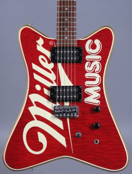 https://guitarpoint.de/app/uploads/products/1985-hamer-miller-music-2/1985-Hamer-Miller-Music-514303_2-437x576.jpg