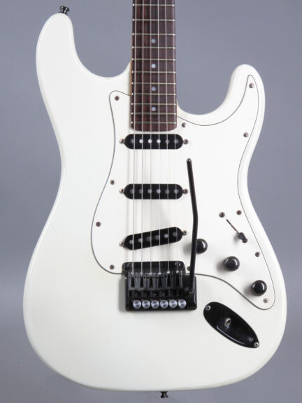 https://guitarpoint.de/app/uploads/products/1985-schecter-jimi-hendrix-tribute-model-white/1986-Schecter-Hendrix-A7535-2-432x576.jpg