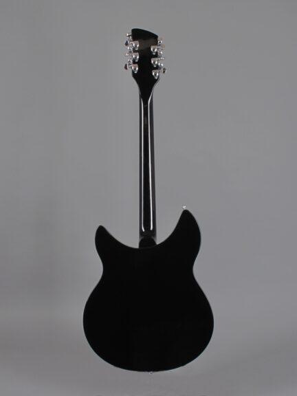 https://guitarpoint.de/app/uploads/products/1986-rickenbacker-330-12-jetglo/1986-Rickenbacker-330-12-Jetglo-ZE1420-3-432x576.jpg