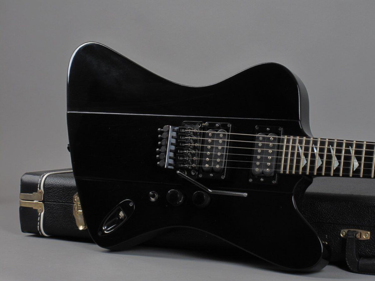 https://guitarpoint.de/app/uploads/products/1987-hamer-firebird-ii-black/1987-Hamer-Firebird-II-Black-717936_19-1200x900.jpg