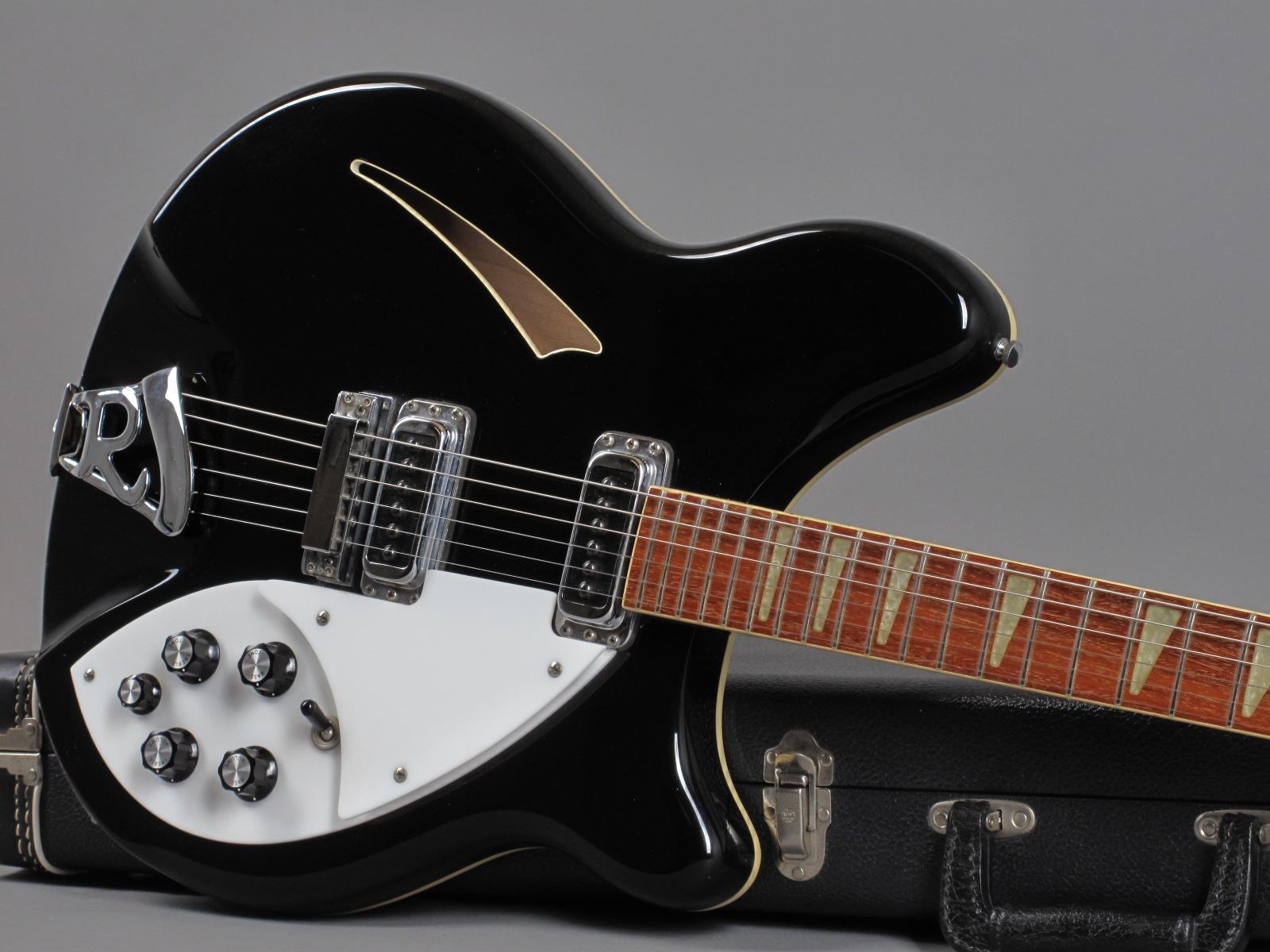 https://guitarpoint.de/app/uploads/products/1989-rickenbacker-360-jetglow/1989-Rickenbacker-360-Jetglow-H2-7747_19.jpg