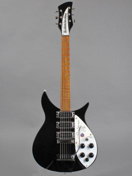 https://guitarpoint.de/app/uploads/products/1991-rickenbacker-325jl-john-lennon-jetglo/1991-Rickenbacker-325JL-John-Lennon-L43951-1-432x576.jpg