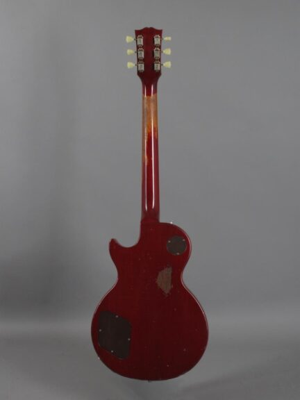 https://guitarpoint.de/app/uploads/products/1992-gibson-les-paul-standard-cherry-sunburst/1992-Gibson-Les-Paul-Standard-Cherry-Sunburst-92112398_3-432x576.jpg