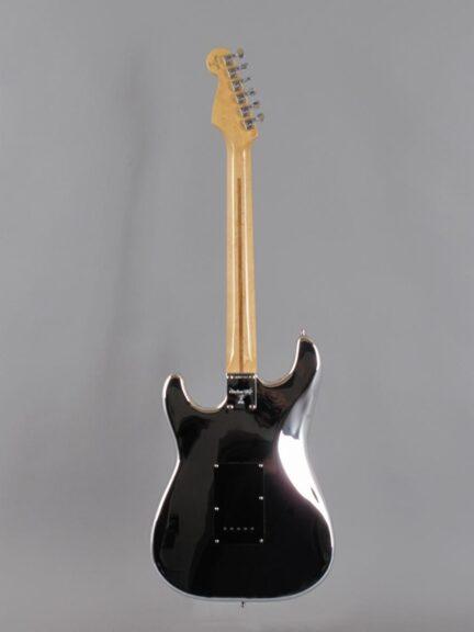 https://guitarpoint.de/app/uploads/products/1994-fender-custom-shop-chrome-stratocaster/1994-Fender-Chrome-Stratocaster_3-432x576.jpg