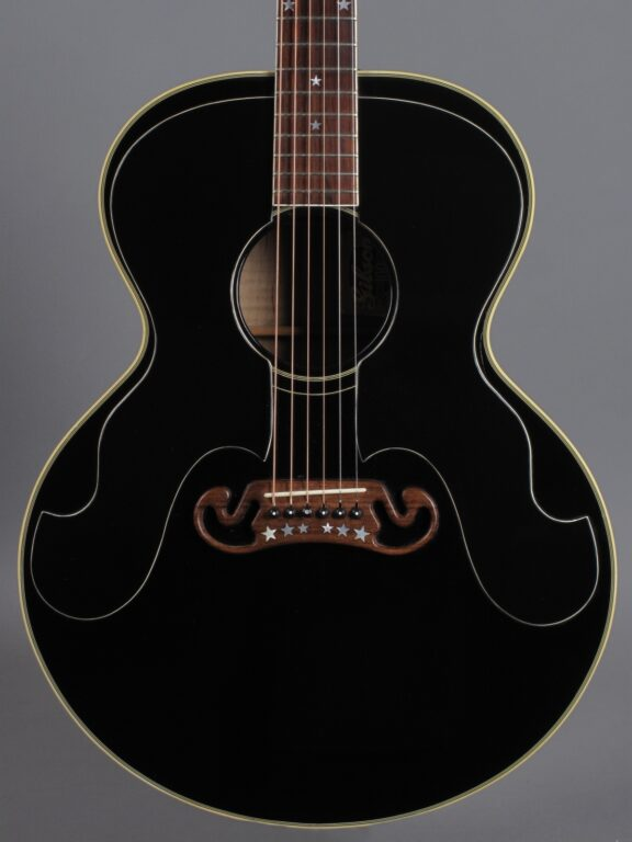 https://guitarpoint.de/app/uploads/products/1994-gibson-j-180-everly-brothers-100th-anniversary-ebony/1994-Gibson-Everly-Brothers-100-90264008_2-576x768.jpg