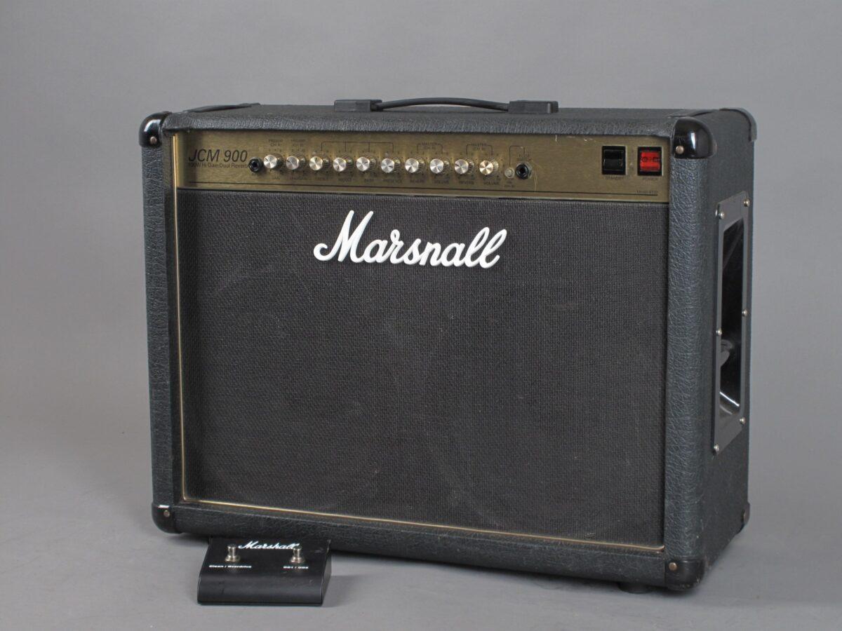 https://guitarpoint.de/app/uploads/products/1994-marshall-jcm900-higain-dual-reverb-combo-100-watt/1994-Marshall-JCM900-4502-3646250_2-1200x900.jpg