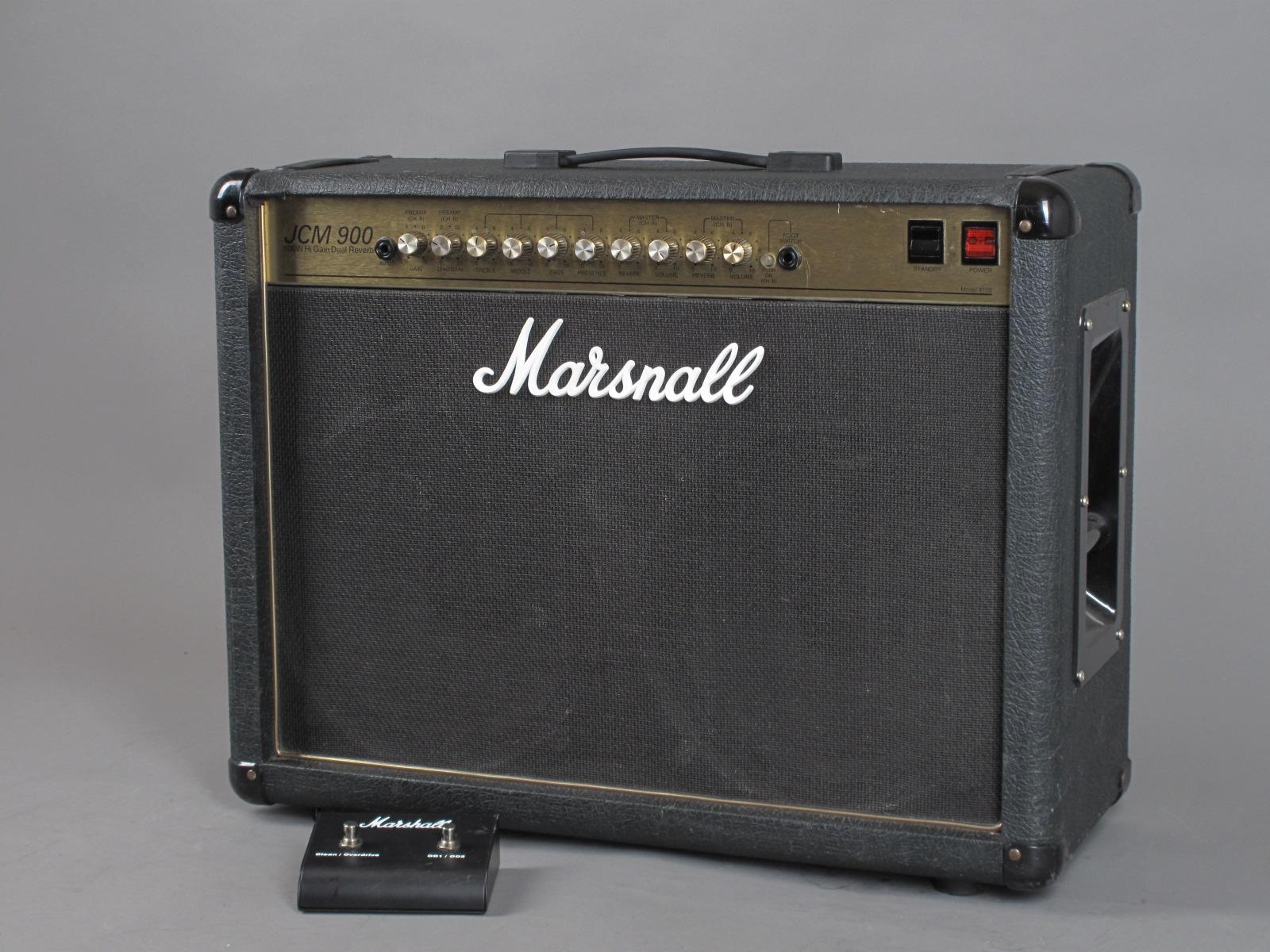 https://guitarpoint.de/app/uploads/products/1994-marshall-jcm900-higain-dual-reverb-combo-100-watt/1994-Marshall-JCM900-4502-3646250_2.jpg