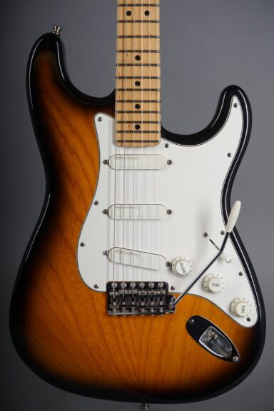 1995 Fender Buddy Guy Stratocaster - Sunburst