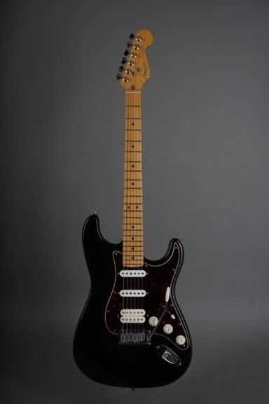 https://guitarpoint.de/app/uploads/products/1997-fender-lonestar-stratocaster-black/1997-Fender-Lonestar-Stratocaster-Black-N7295254-1-scaled-384x576.jpg