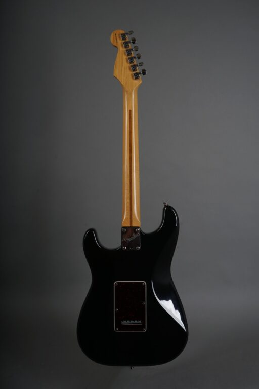 https://guitarpoint.de/app/uploads/products/1997-fender-lonestar-stratocaster-black/1997-Fender-Lonestar-Stratocaster-Black-N7295254-3-scaled-512x768.jpg
