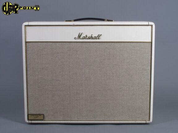 https://guitarpoint.de/app/uploads/products/1997-marshall-1962-bluesbreaker-reissue-limited-white/Marshall97_62Bluesb978344109_1-576x432.jpg