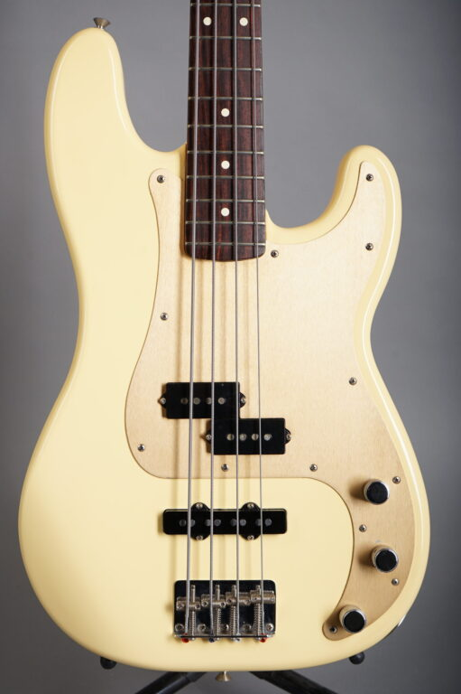 1998 Fender Precision Bass Special - White