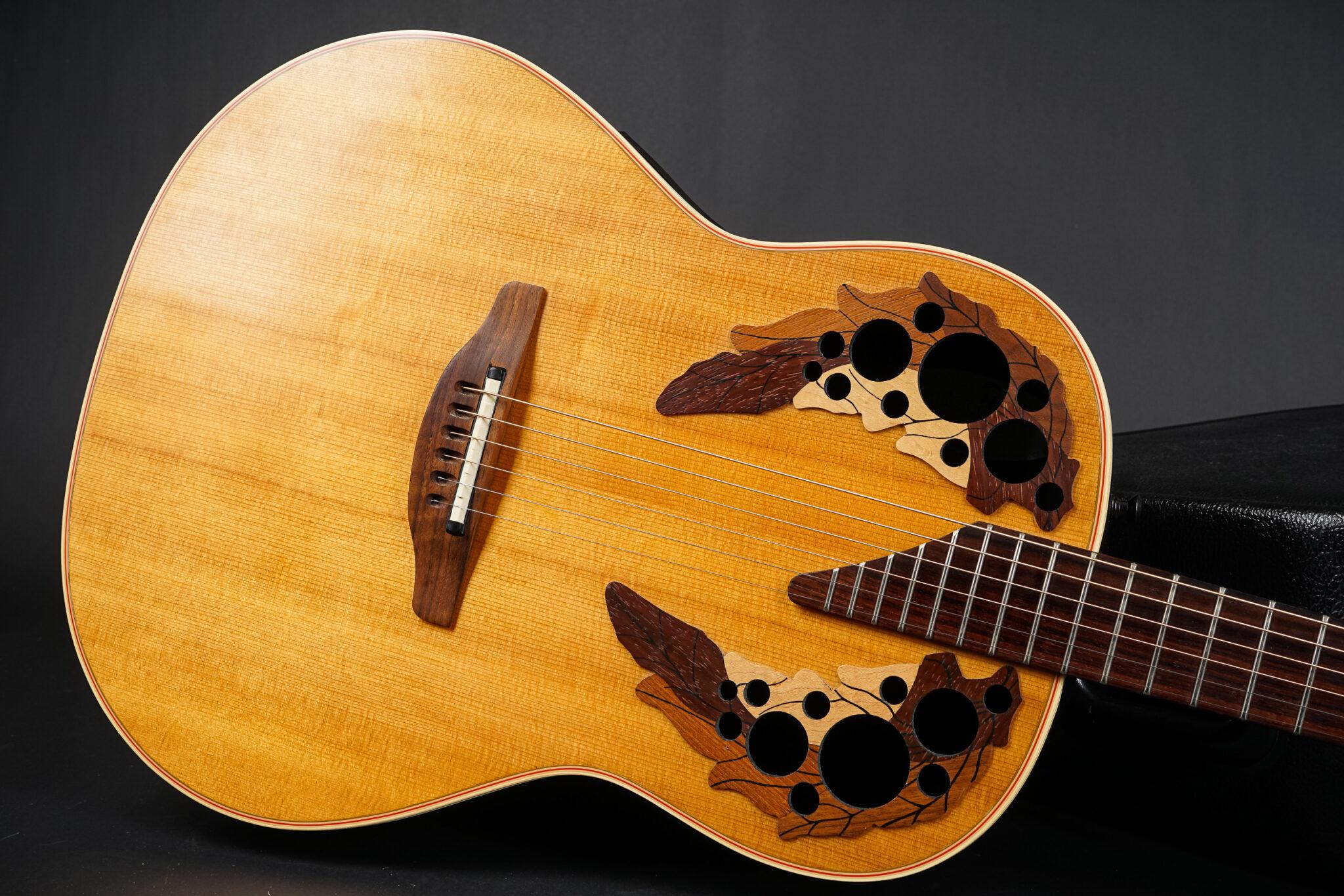 https://guitarpoint.de/app/uploads/products/1998-ovation-elite-standard-6718-natural/1998-Ovation-Elite-Standard-6718-529745-8-2048x1366.jpg