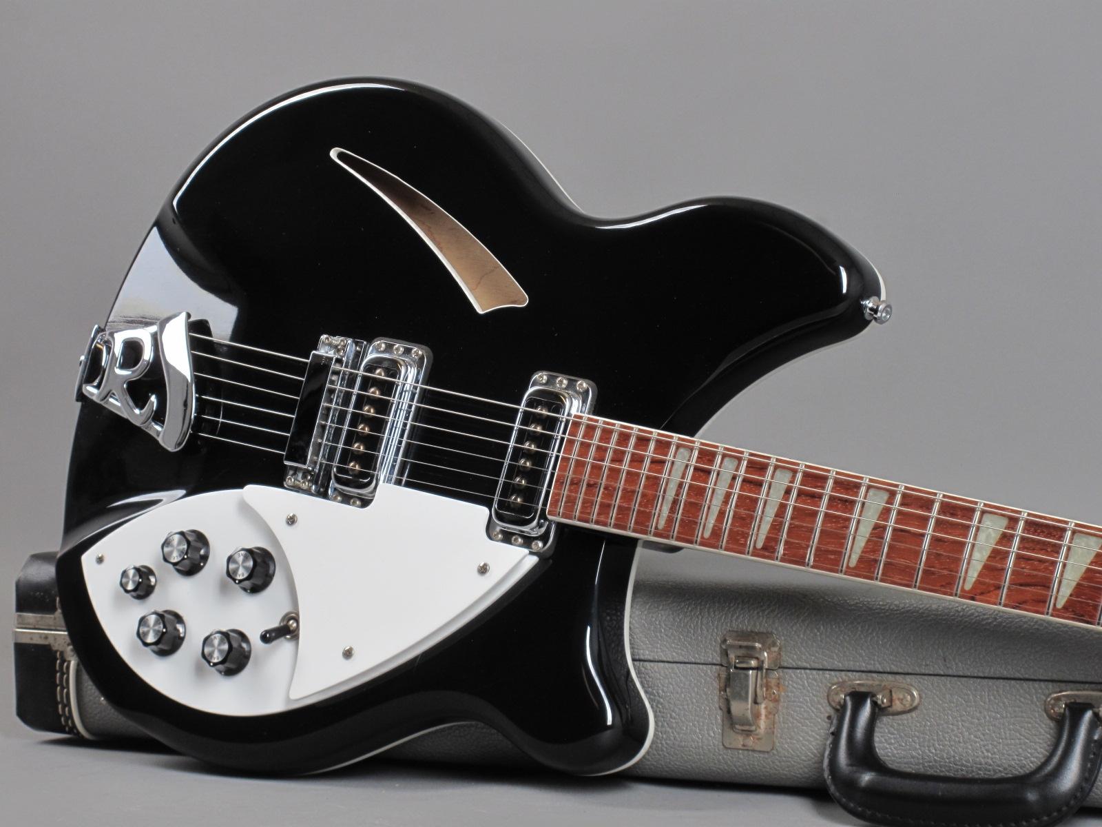 https://guitarpoint.de/app/uploads/products/1999-rickenbacker-360-jetglo/1999-Rickenbacker-360-Fireglo-99-23065_19.jpg
