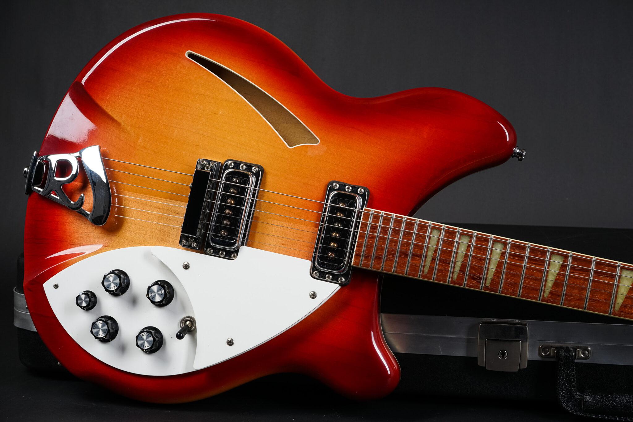 https://guitarpoint.de/app/uploads/products/2000-rickenbacker-360-fireglo/2000-Rickenbacker-360-Fireglo-0020838-8-2048x1366.jpg
