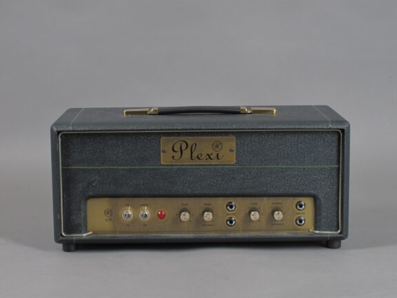 https://guitarpoint.de/app/uploads/products/2000s-plexi-dc-18-20-early-cornell/2000-Plexi-DC-18-20-0007_1-576x432.jpg