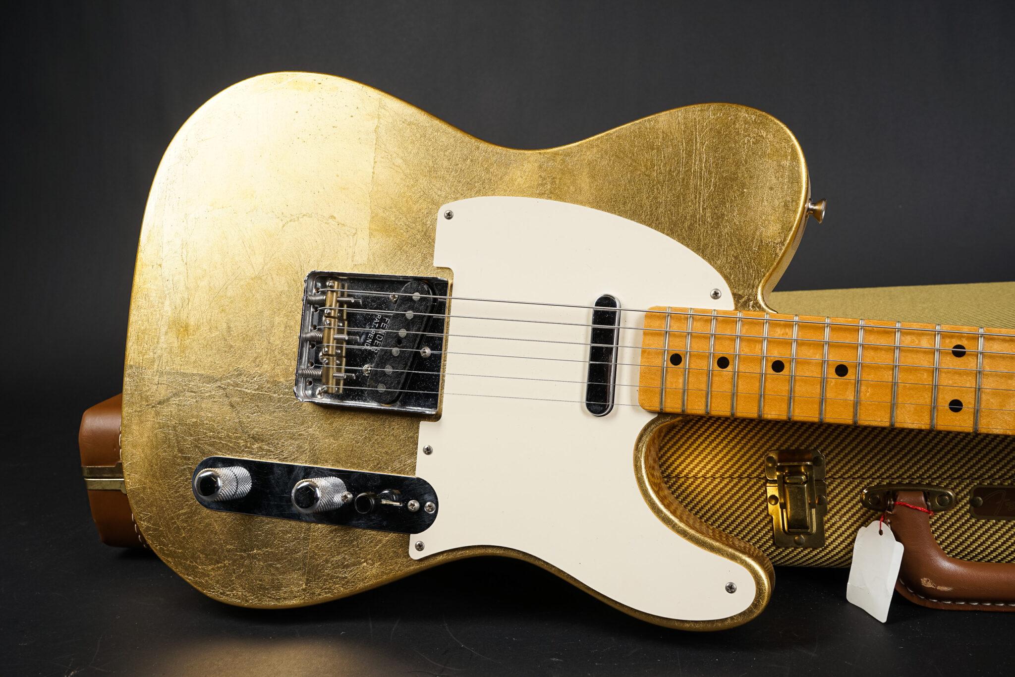 https://guitarpoint.de/app/uploads/products/2003-fender-custom-shop-gold-leaf-telecaster-8-of-10/leaf-tele-9-2048x1366.jpg