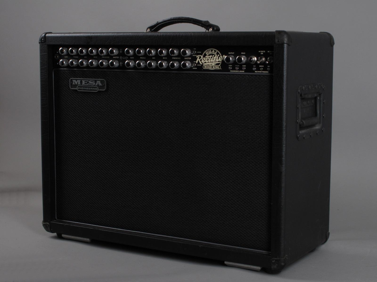 https://guitarpoint.de/app/uploads/products/2003-mesa-dual-rectifier-road-king/2003-Mesa-Dual-Rectifier-Road-King_2.jpg
