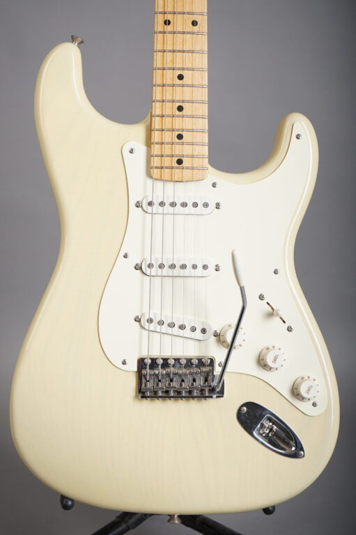 2004 Fender Custom Shop 1956 Stratocaster Closet Classic - White Blond