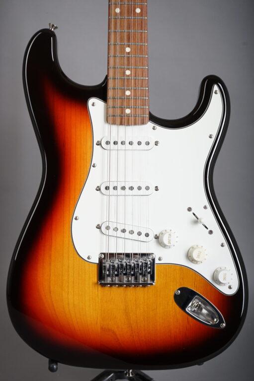 2004 Fender Stratocaster XII - Sunburst