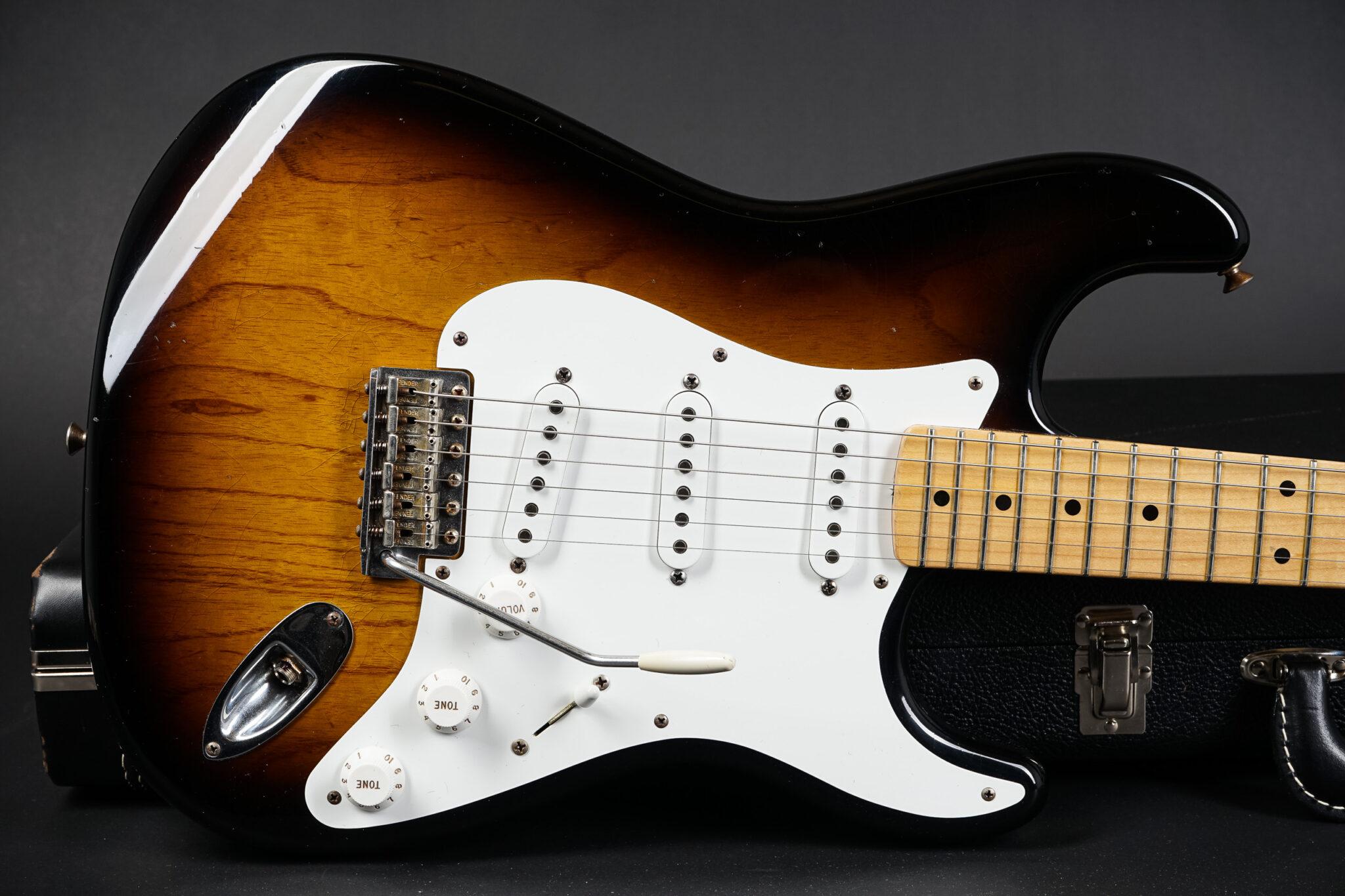 https://guitarpoint.de/app/uploads/products/2005-fender-greg-fessler-masterbuilt-1955-relic-stratocaster-sunburst/2005-Fender-1955-Stratocaster-Greg-Fessler-Stratocaster-R16954-9-2048x1366.jpg