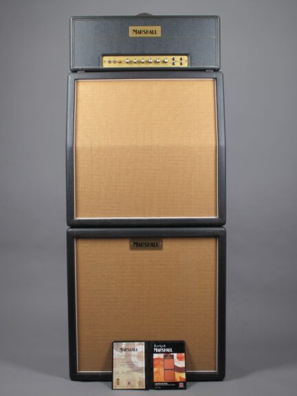 https://guitarpoint.de/app/uploads/products/2005-marshall-jtm-45-100-40th-anniversary-stack/2005-Marshall-JTM-45-100-17_1-432x576.jpg}