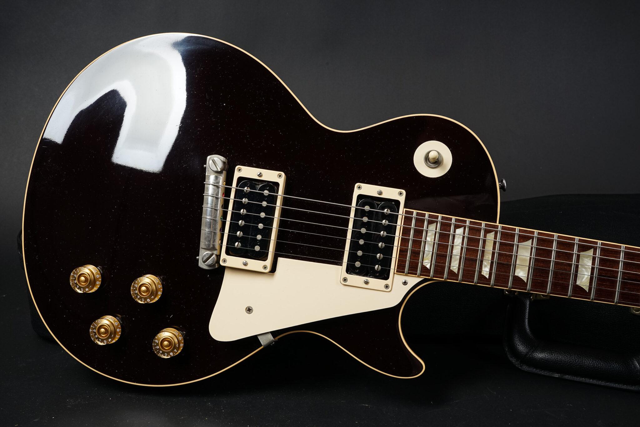 https://guitarpoint.de/app/uploads/products/2007-gibson-les-paul-1954-reissue-jeff-beck-oxblood/2007-Gibson-Les-Pauol-1954-JB-Oxblood-47102-6-2048x1366.jpg