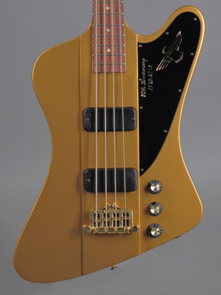 https://guitarpoint.de/app/uploads/products/2013-gibson-thunderbird-50th-anniversary-bullion-gold/2013-Gibson-Thunderbird-50thAnn-Gold-2-432x576.jpg