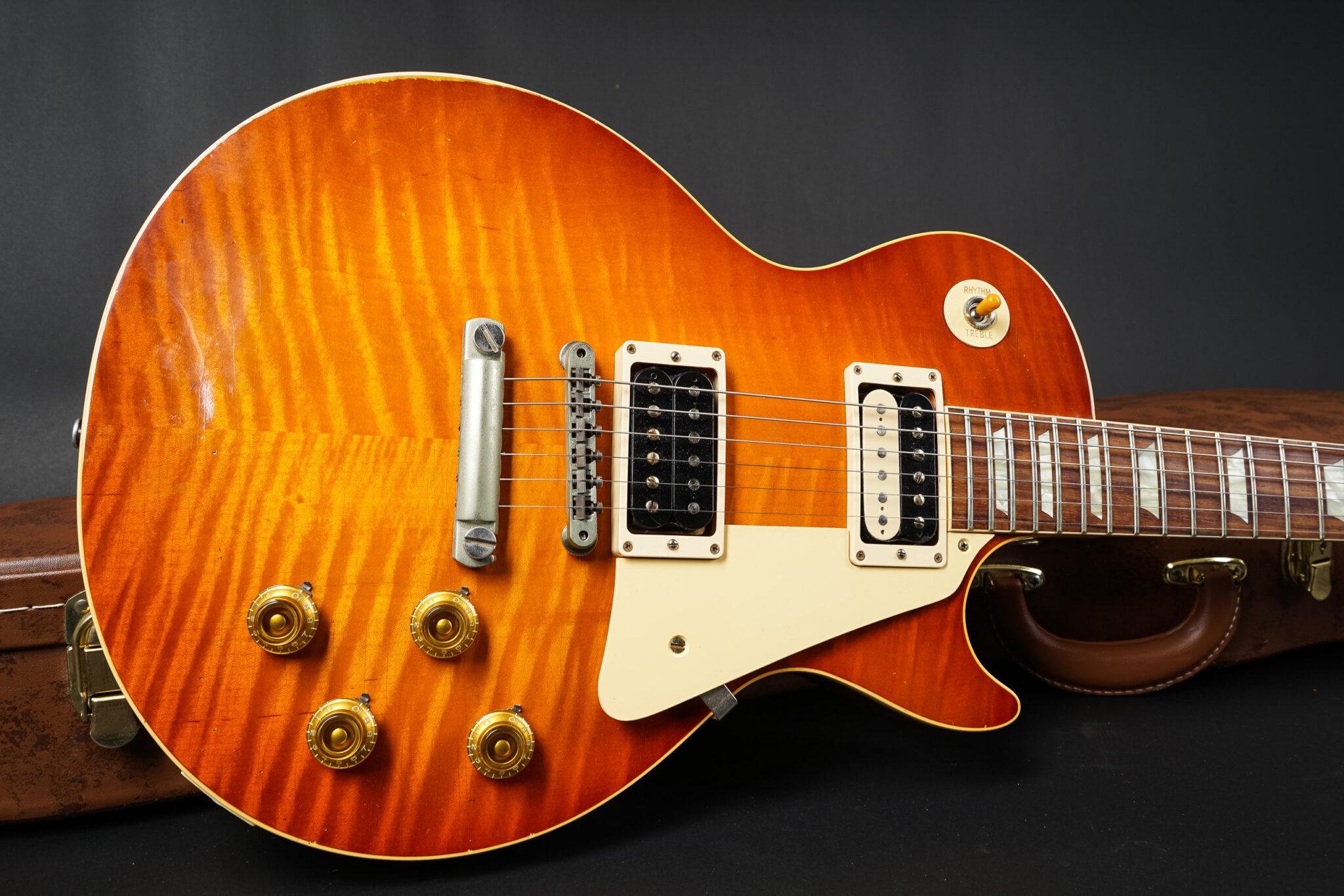 https://guitarpoint.de/app/uploads/products/2015-gibson-les-paul-hs9-aged-hs9-50339/2015-Gibson-Historic-Select-1959-Les-Paul-Aged-HS50339-8-2048x1366.jpg