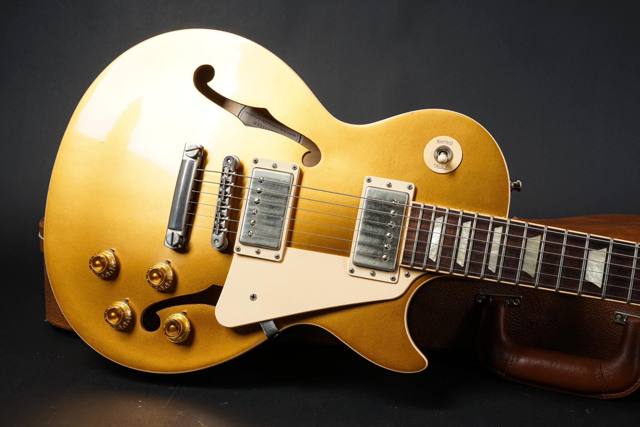 https://guitarpoint.de/app/uploads/products/2015-gibson-memphis-es-les-paul-goldtop/2015-Gibson-ES-Les-Paul-Goldtop-6-2048x1366.jpg