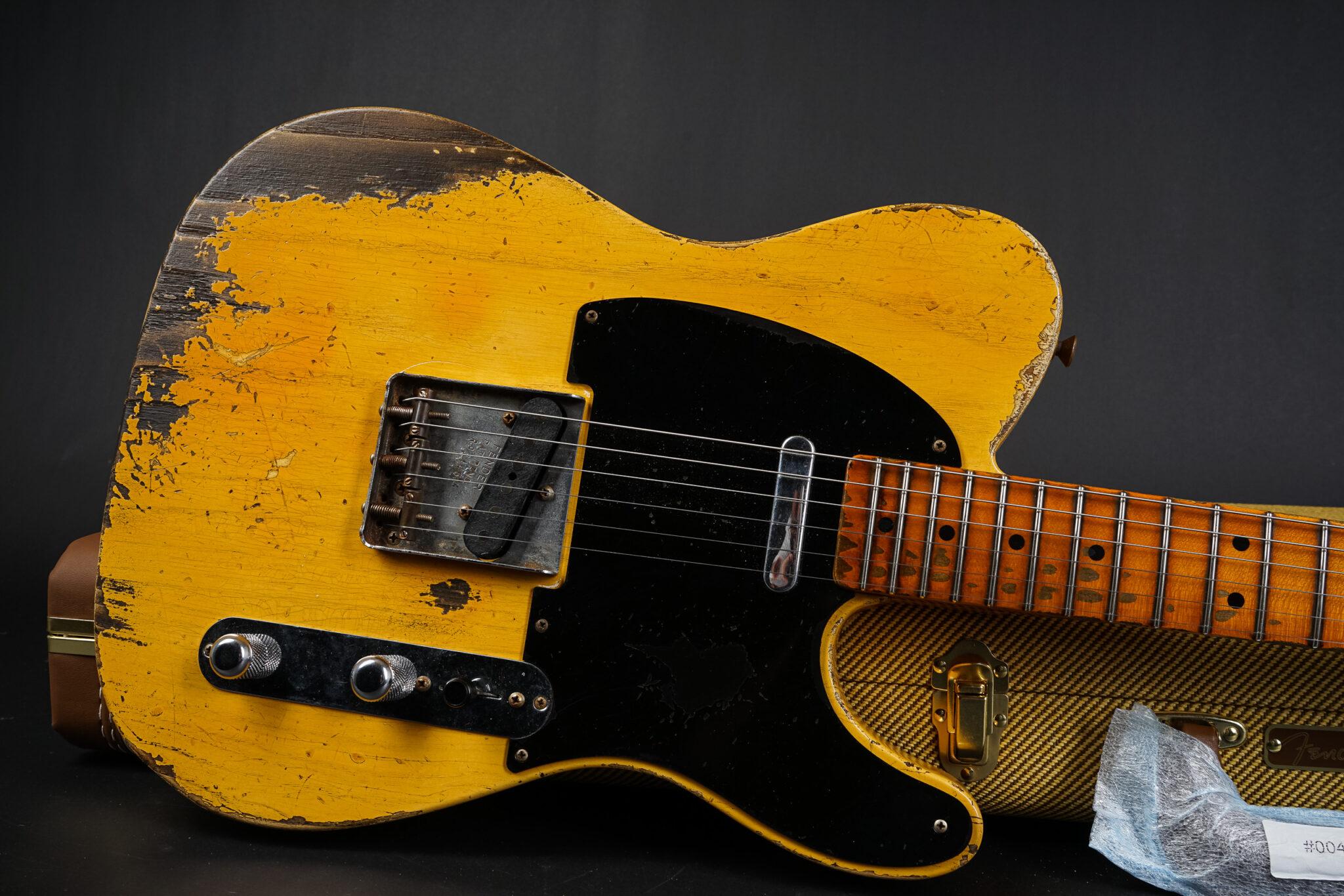 https://guitarpoint.de/app/uploads/products/2021-fender-carlos-lopez-masterbuilt-1952-telecaster-heavy-relic-blonde/2021-Fender-Carlos-Lopez-masterbuilt-Telecaster-R99445-9-2048x1366.jpg