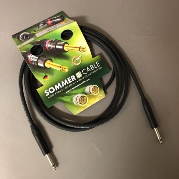 https://guitarpoint.de/app/uploads/products/sommer-cable-gitarrenkabel-spirit-llx-low-loss-3m/LX37-0300-SW_1-scaled-576x576.jpg