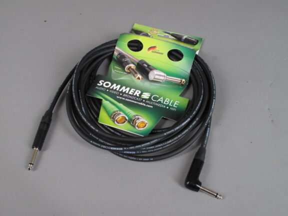 https://guitarpoint.de/app/uploads/products/sommer-cable-gitarrenkabel-spirit-llx-low-loss-6m/Sommer-LX11-0600-576x432.jpg