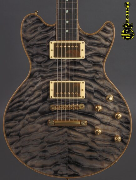 https://guitarpoint.de/app/uploads/products/sugi-model-sa605e-em-lc-trans-grey/Sugi_SA605_S900079_2-435x576.jpg