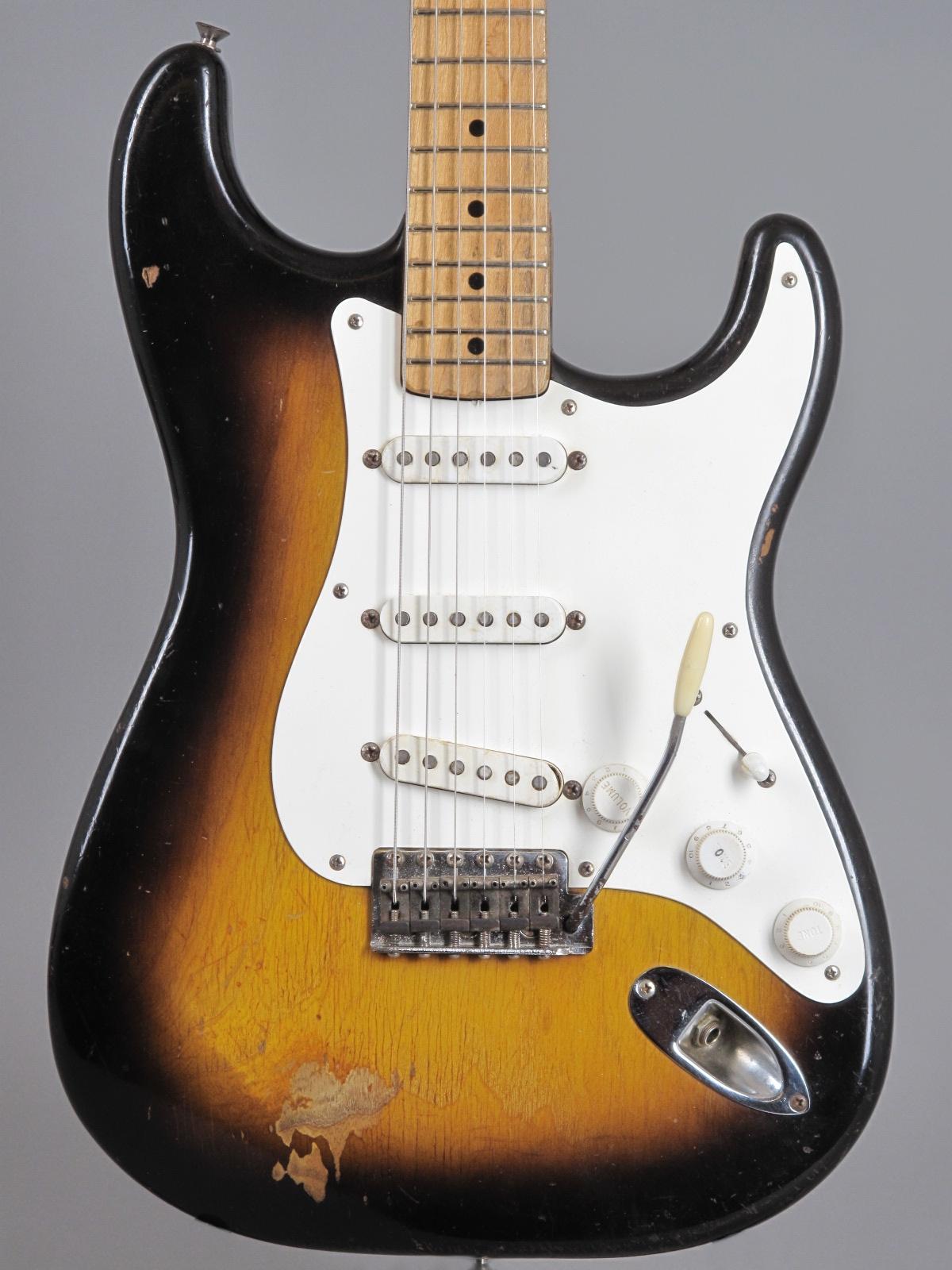 1956 Fender Stratocaster - 2-tone Sunburst ...only 3,17 Kg!