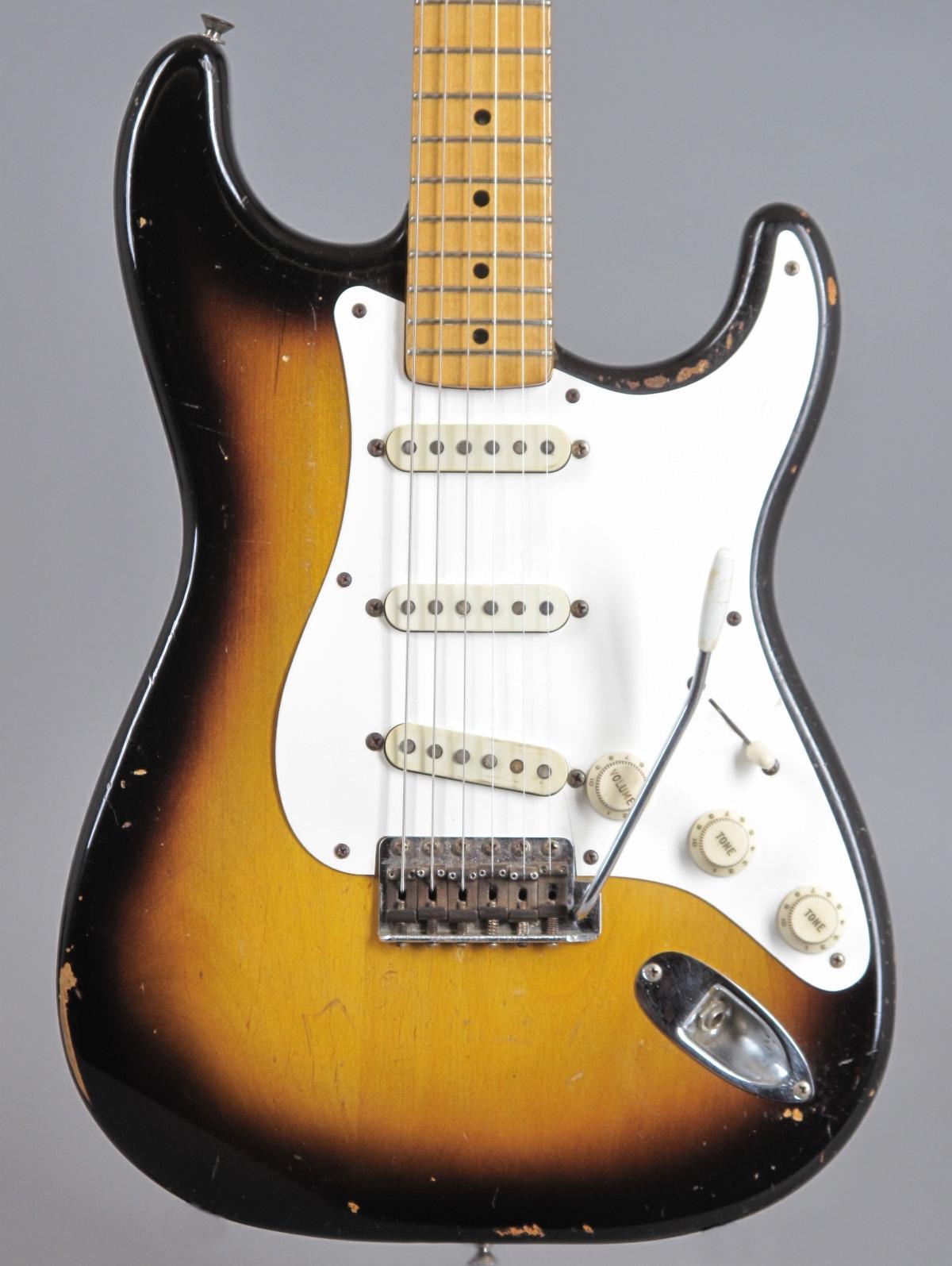 1957 Fender Stratocaster - 2-tone Sunburst  ...only 3,29 Kg !!!