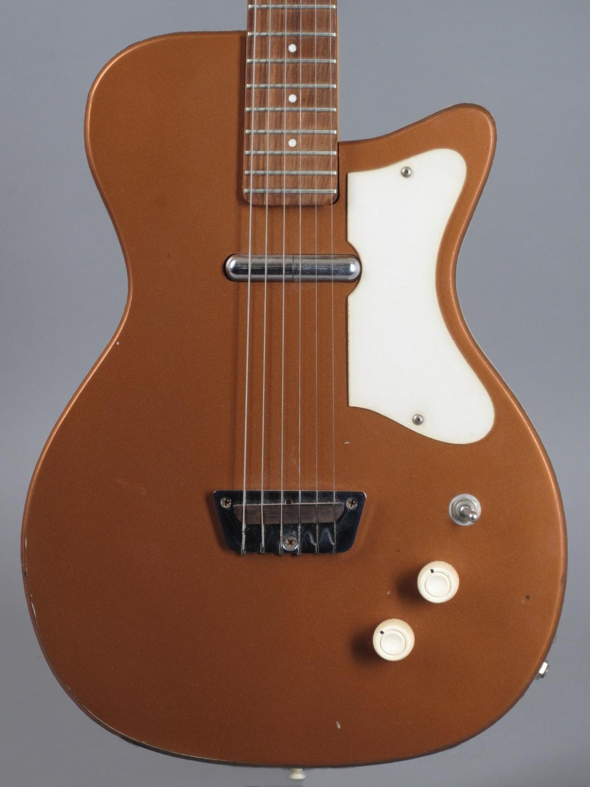 1960 Silvertone U1 model 1415 - Bronze