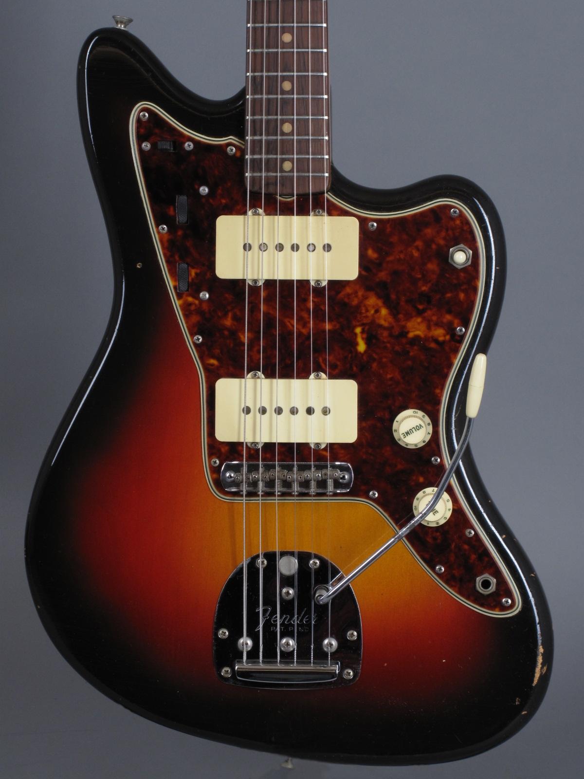 1961 Fender Jazzmaster - 3-tone Sunburst ...clean!!!