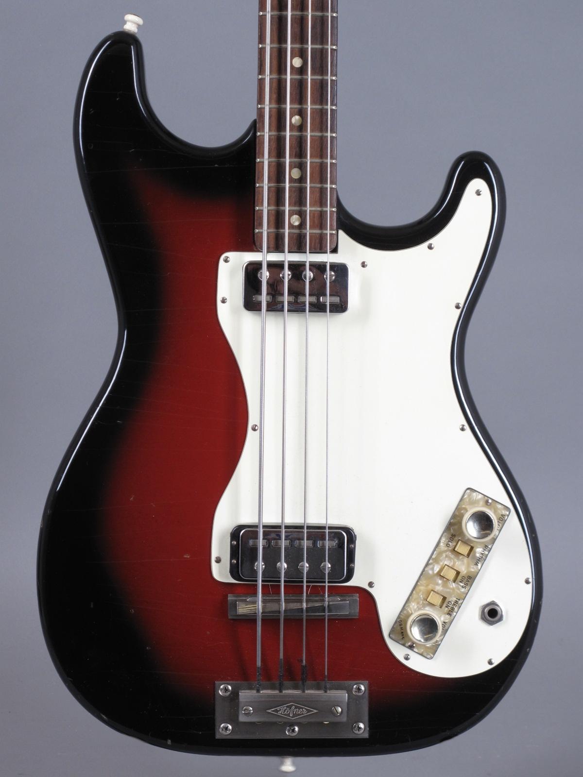 1965 Höfner Bass Modell 182 - Sunburst