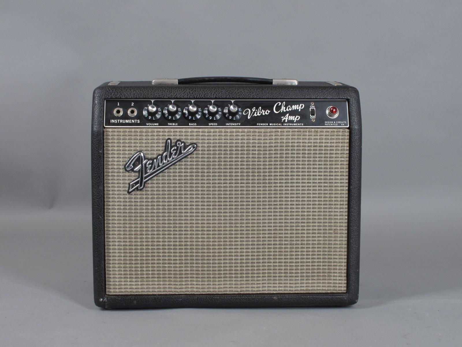1967 Fender Vibro Champ Amp - Blackface