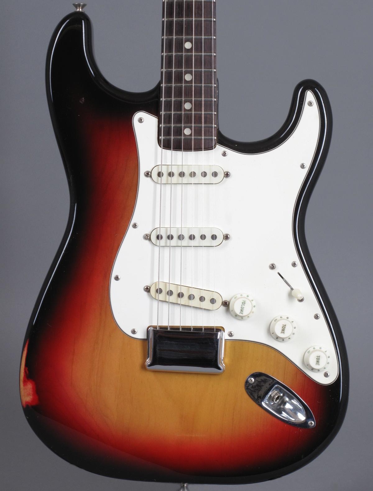 1974 Fender Stratocaster - 3-tone Sunburst  ...only 3,34Kg!