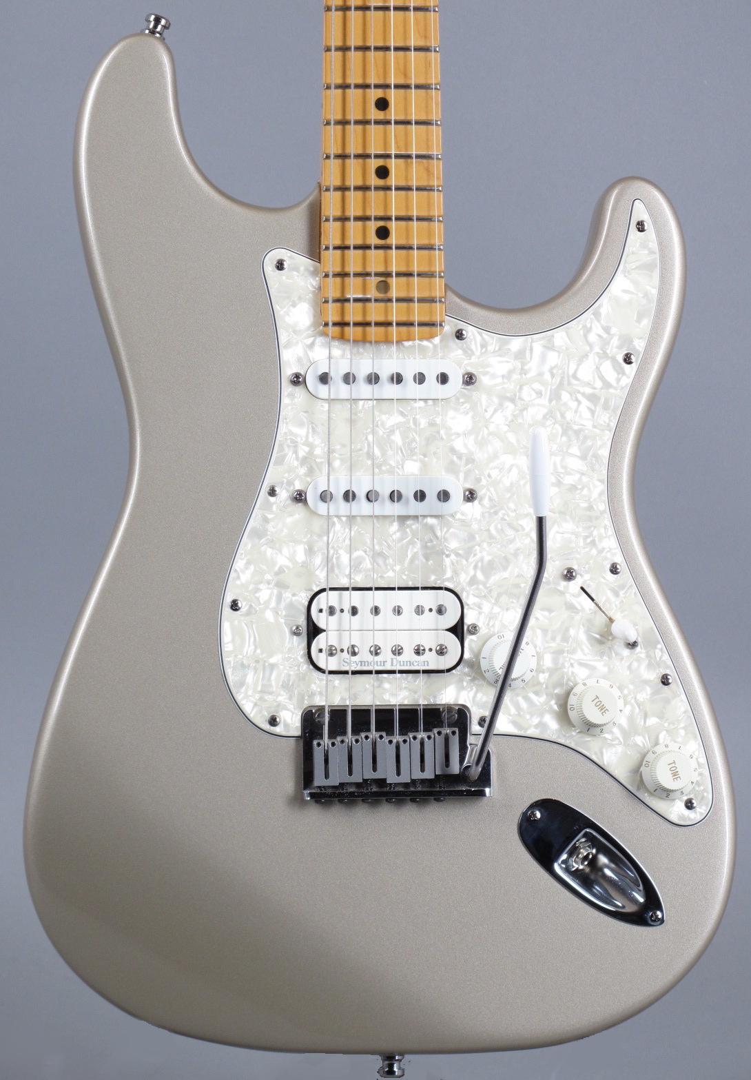 1996 Fender Lonestar Stratocaster - Shoreline Gold