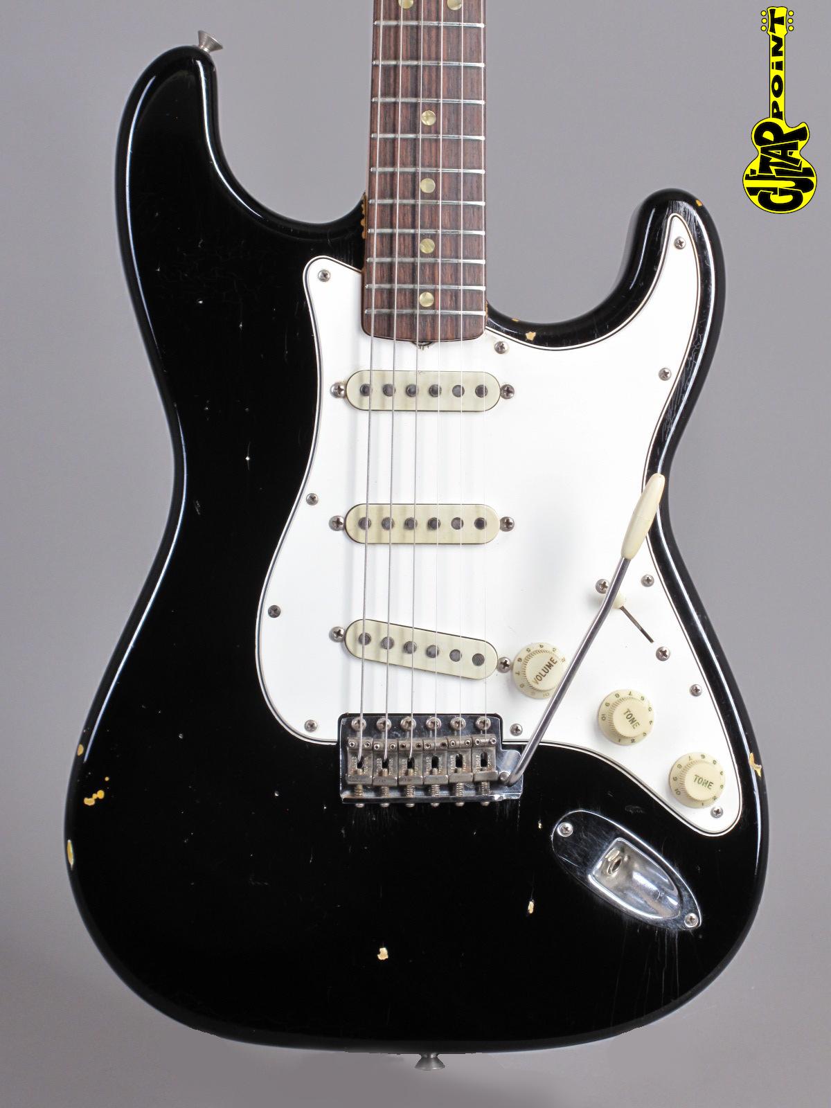 1966 Fender Stratocaster - Black