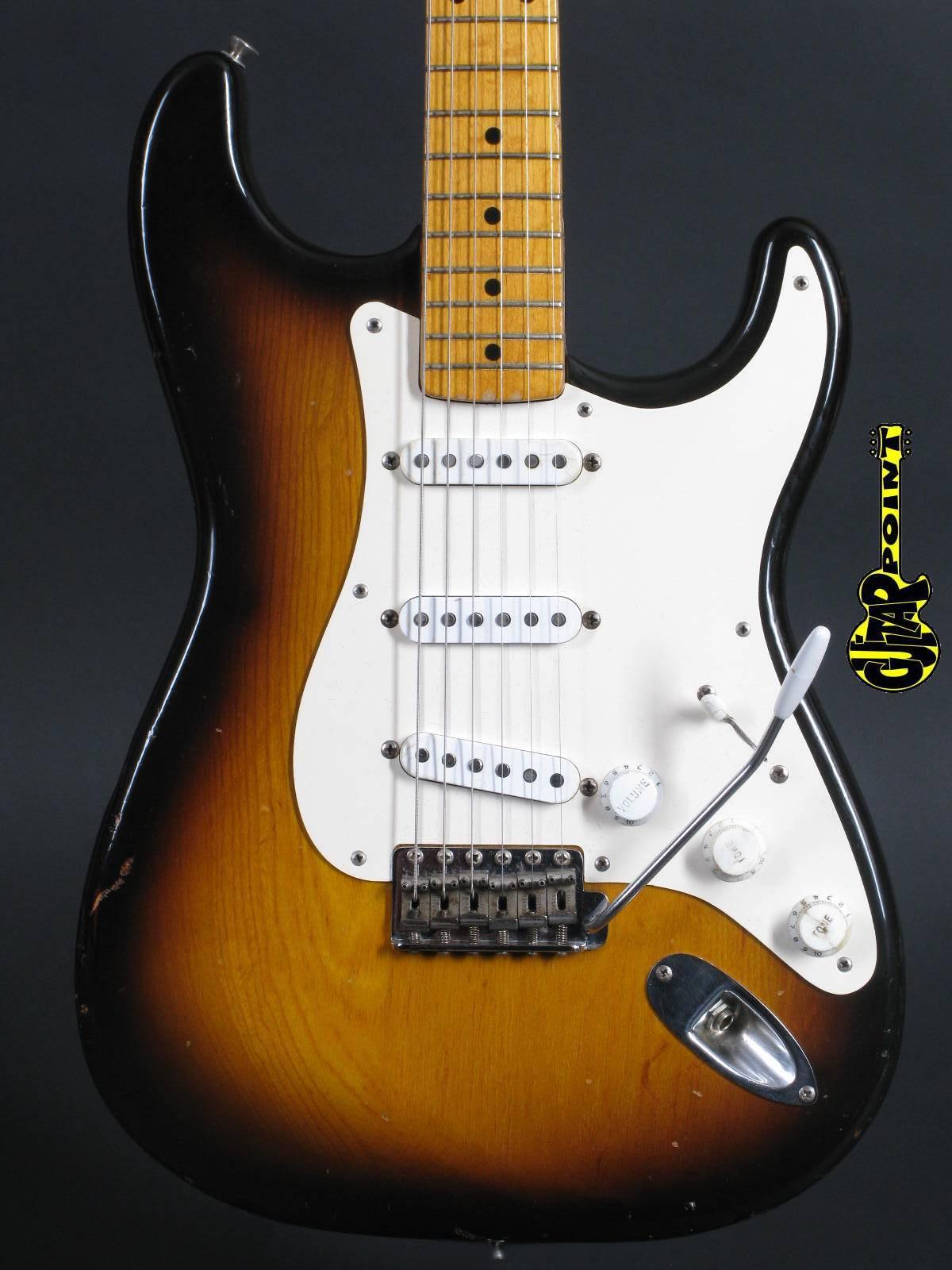 1954 Fender Stratocaster - 2-tone Sunburst