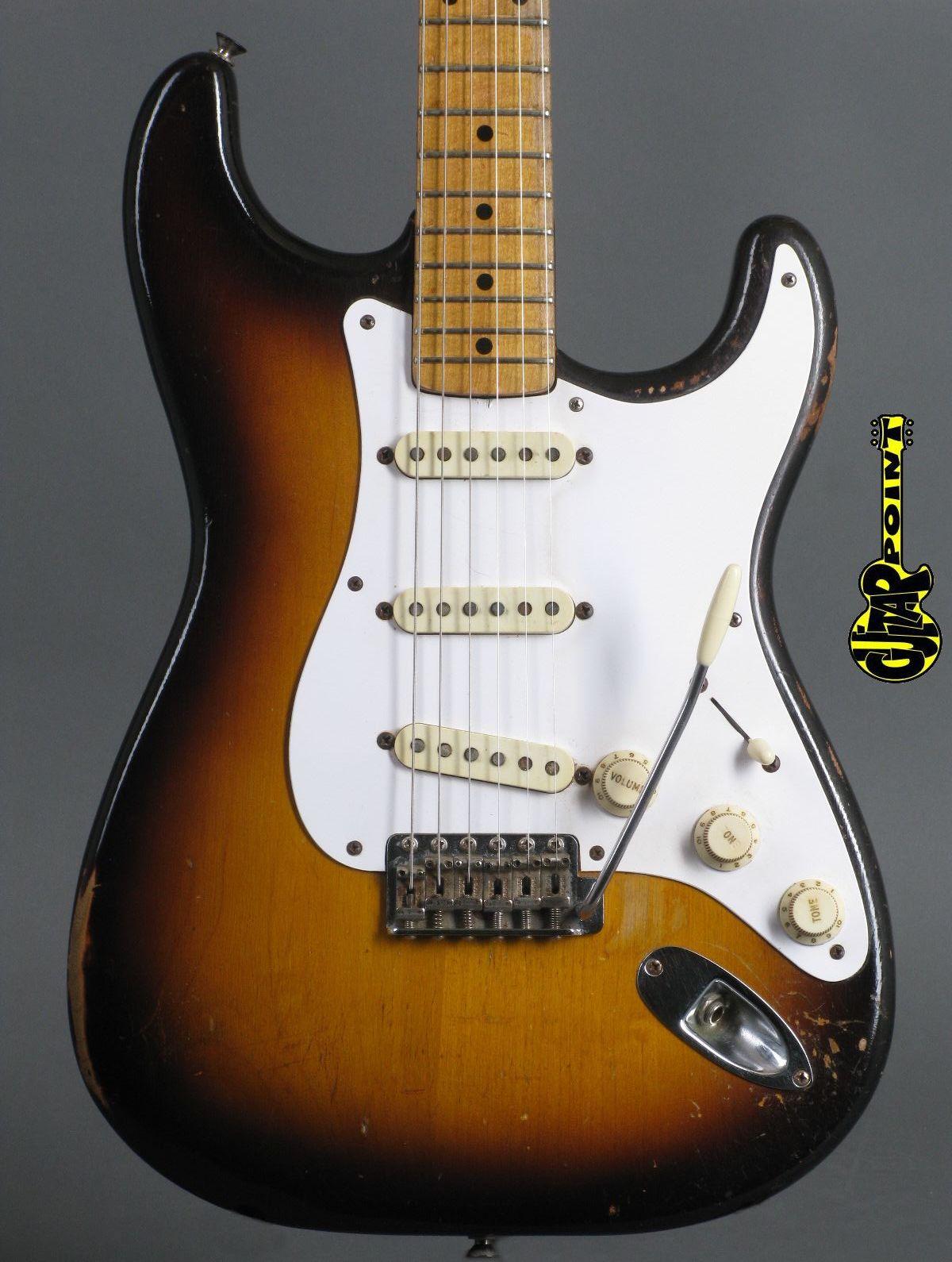 1957 Fender Stratocaster - 2-tone Sunburst   ...only 3,34Kg!